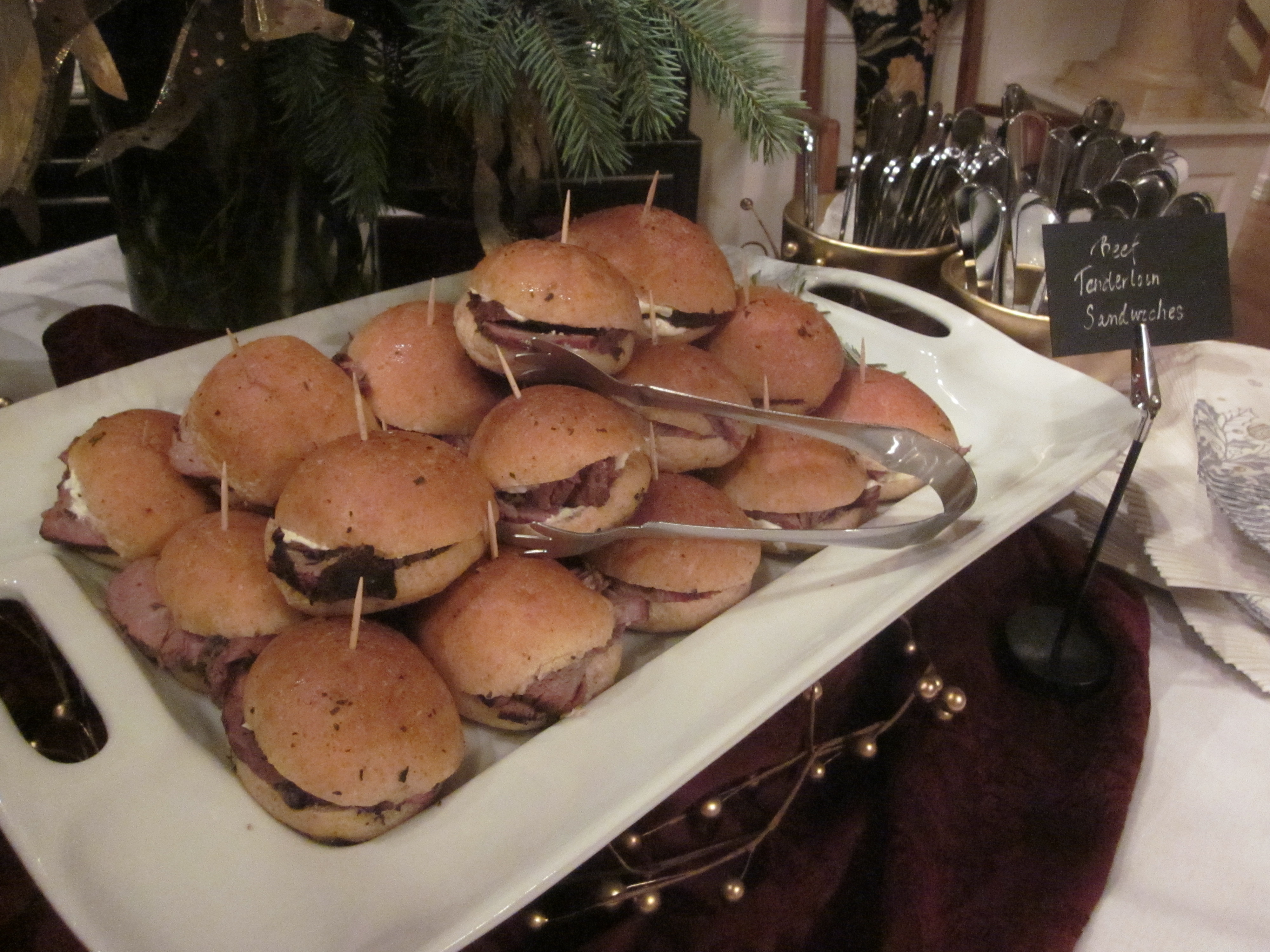 Just right for the party night. Mini sandwiches to delight